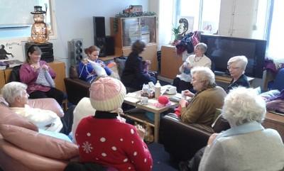 Knit and Knatter social group